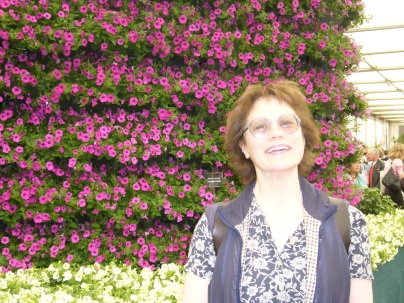Dr Dinah Parums at the petunia wall. Chelsea Flower Show